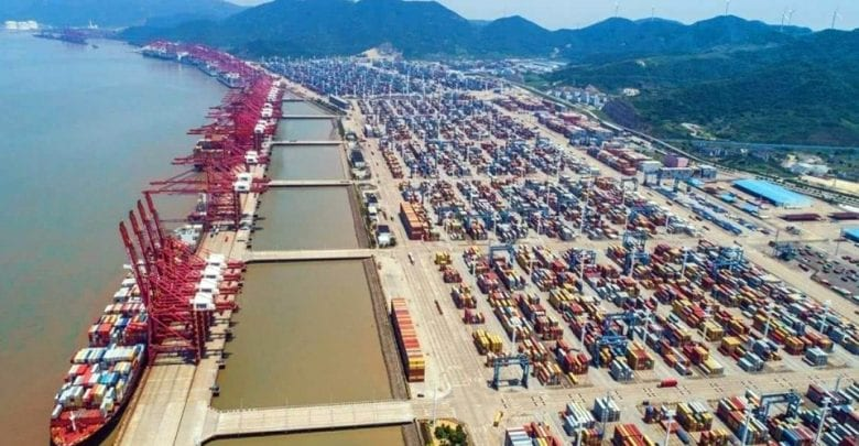 Shanghai eyes 10% growth in rail-sea container transport