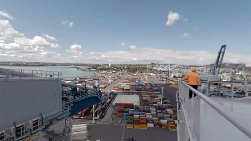 WATCH Port of Auclaknd's 360 Giant Crane Tour