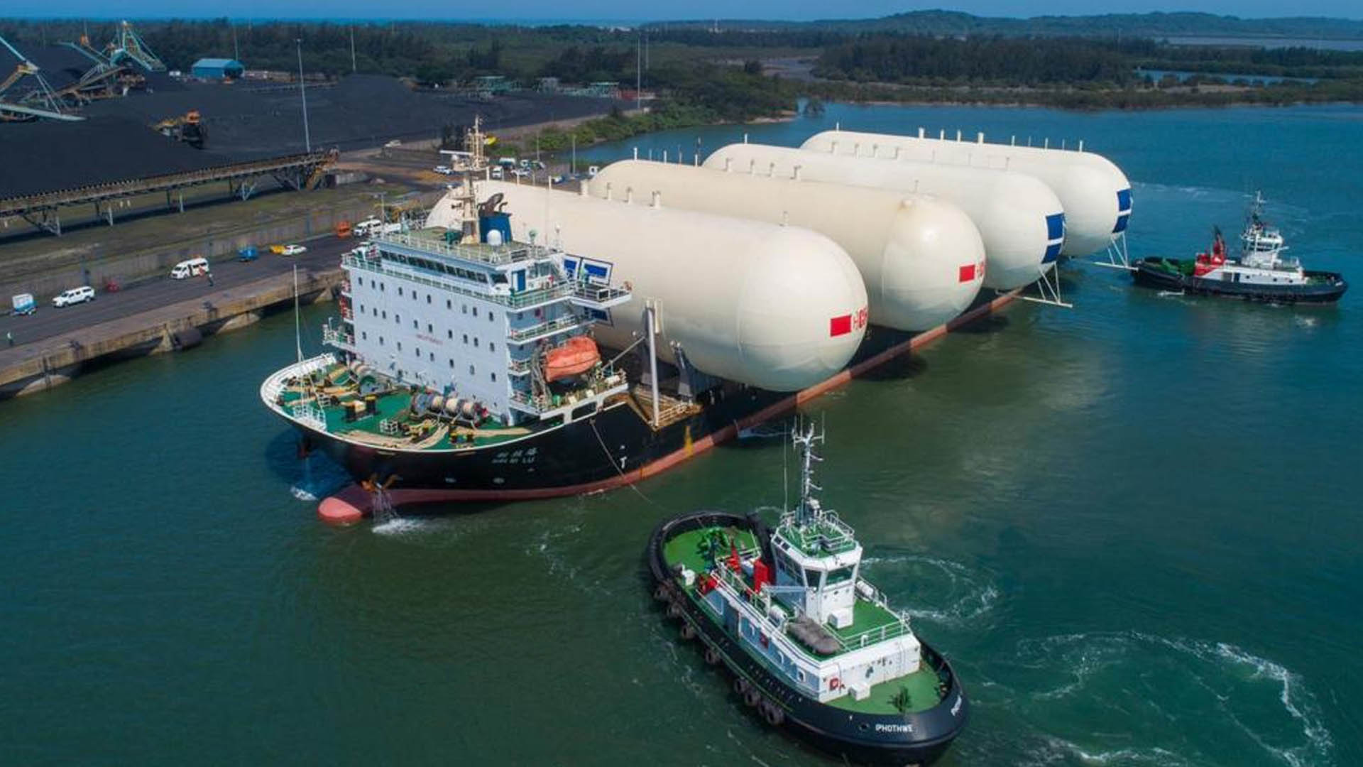 Deck Cargo Ship Brings Storage Bullets to Port of Richards Bay LPG Facility