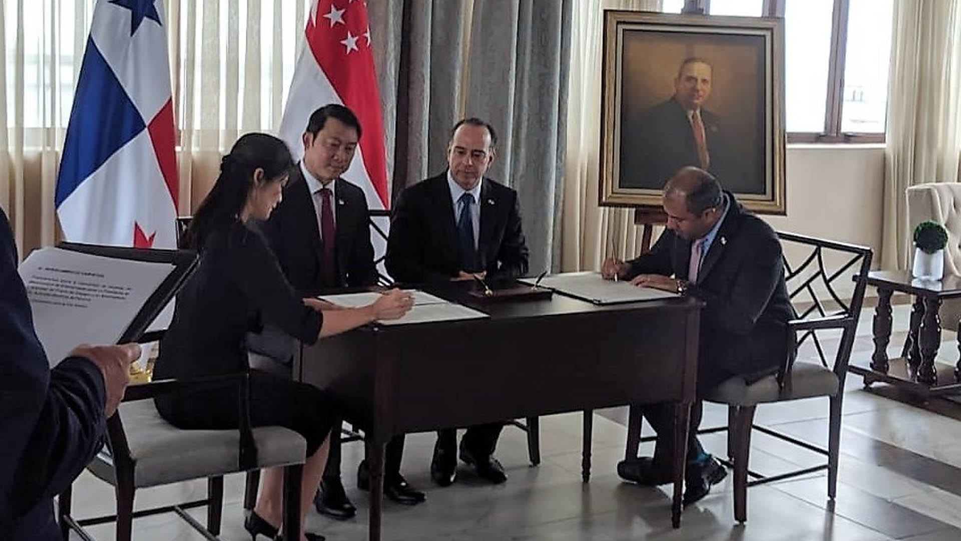 Singapore, Panama to Strengthen Maritime Relations
