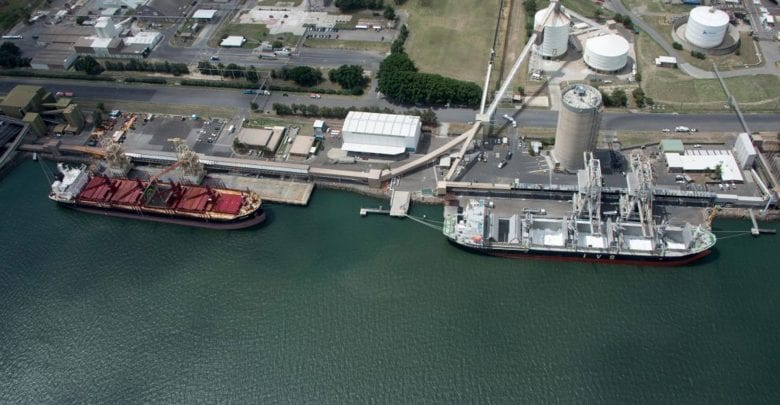 Wharfies Stop Work at Port of Newcastle over New Crane