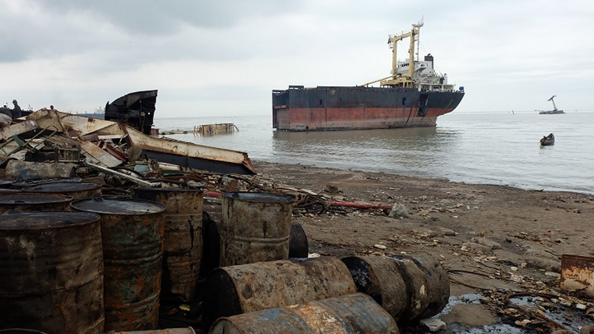 NGO Shipbreaking Platform Shipping Companies Still Favor the Worst Scrapyards