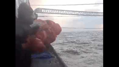 Photo of Video of Burial At Sea Highlights Risks for Indonesian Fishermen