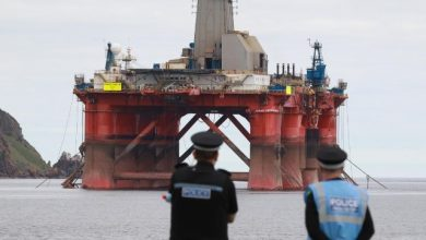Photo of Greenpeace Fined $100,000 Over Oil Rig Protests