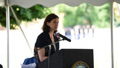 Photo of Representative Elaine Luria Earns Merchant Marine Award