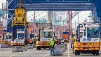 Photo of US container ports see imports surge ahead of holiday season