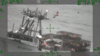 Photo of Video: Coast Guard Medevacs Injured Fisherman off Port of Cold Bay