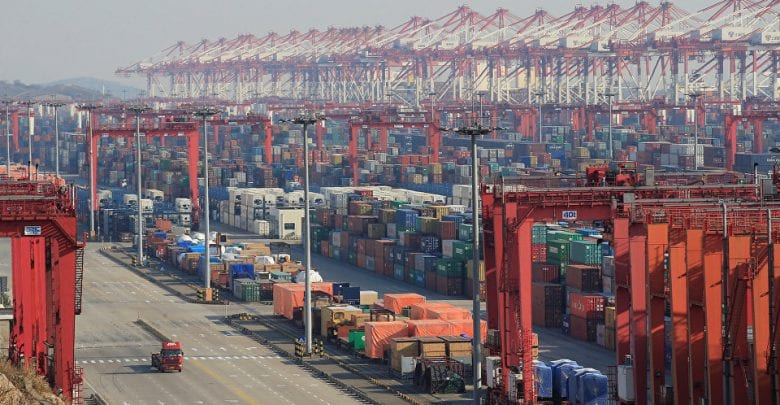 Beijing Calls on Prompt Establishment of Free Trade Area With South Korea, Japan